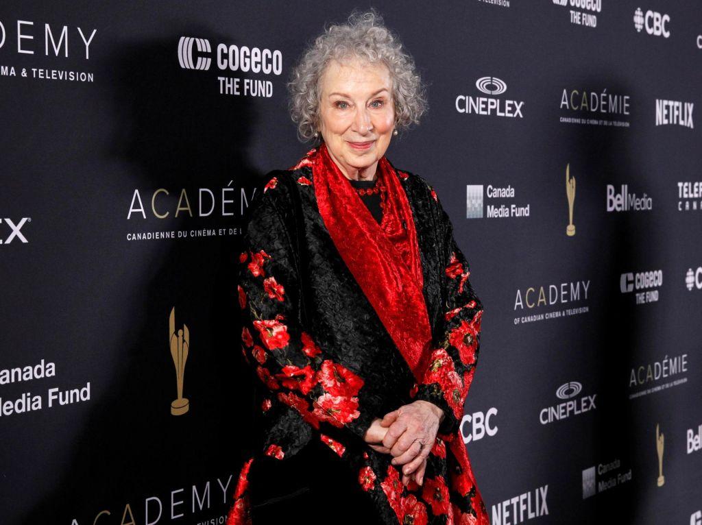 Margaret Atwood se vrača k poeziji
