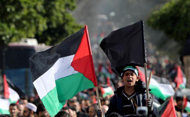 Palestinci, ki pri ameriško-izraelskem »načrtovanju« njihove prihodnosti niso imeli pravice do glasovanja, niso presenečeni. FOTO: Reuters
