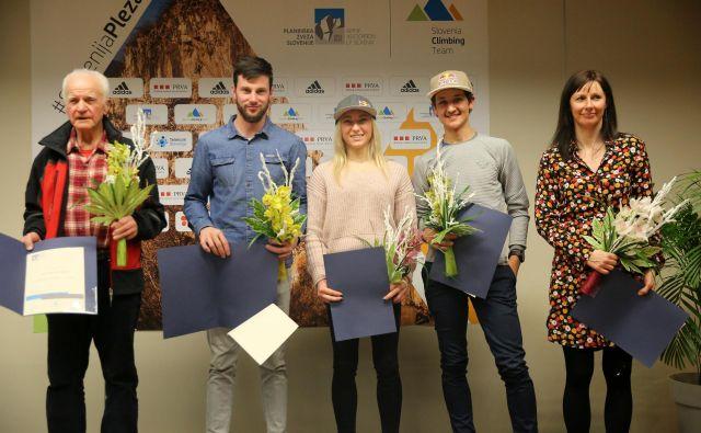 Anton Sazonov, Jernej Kruder, Janja Garnbret, Luka Kovačič in Maja Šuštar (z leve) so prejeli zaslužena priznanja. Foto Oto Žan