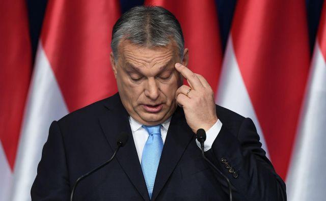 Ni dolgo trajalo, ko je Evropa po tiho prevzela Orbánovo politiko do pribežnikov. Foto: Attila Kisbenedek/Afp