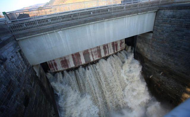 Brez hidroelektrarn in jedrske energije bo NEPN zelo drag. FOTO: Tadej Regent/Delo