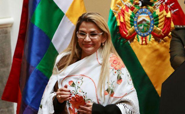 Nekdanja podpredsednica senata Jeanine Áñez je vodenje države prevzela 10. novembra lani. FOTO: Reuters