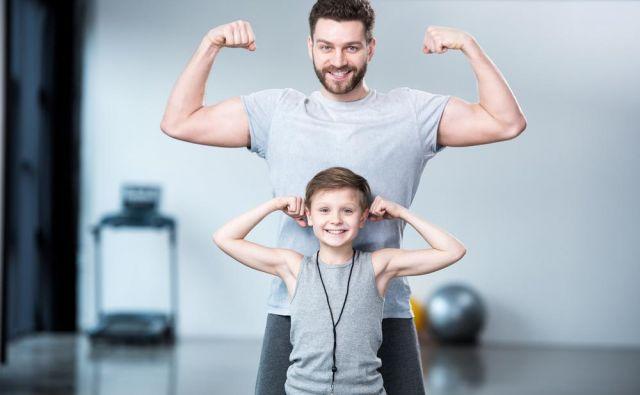 Ker mišica potrebuje hranila še nekaj časa po vadbi, ji takoj po vadbi ponudimo še dodaten, regeneracijski obrok.Foto: Shutterstock