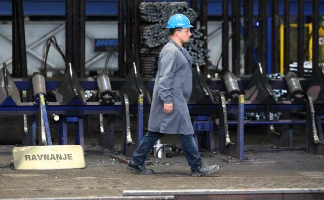 Kovinskopredelovalna dejavnost, katere del je tudi metalurgija, prispeva 8,2 odstotka bruto domačega proizvoda. FOTO: Tadej Regent/Delo