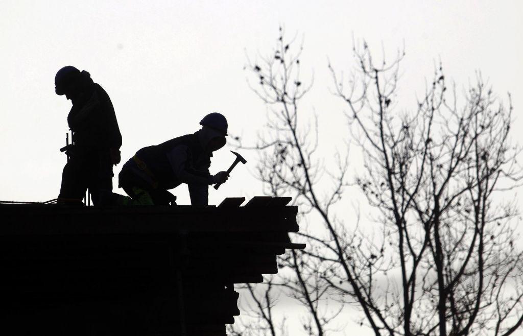 Skrbi zaradi pomanjkanja delavcev in inženirjev v gradbeništvu