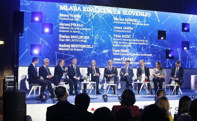 Raznoliko omizje so predstavili kot Mlado koalicijo za Slovenijo.FOTO Jure Eržen/Delo