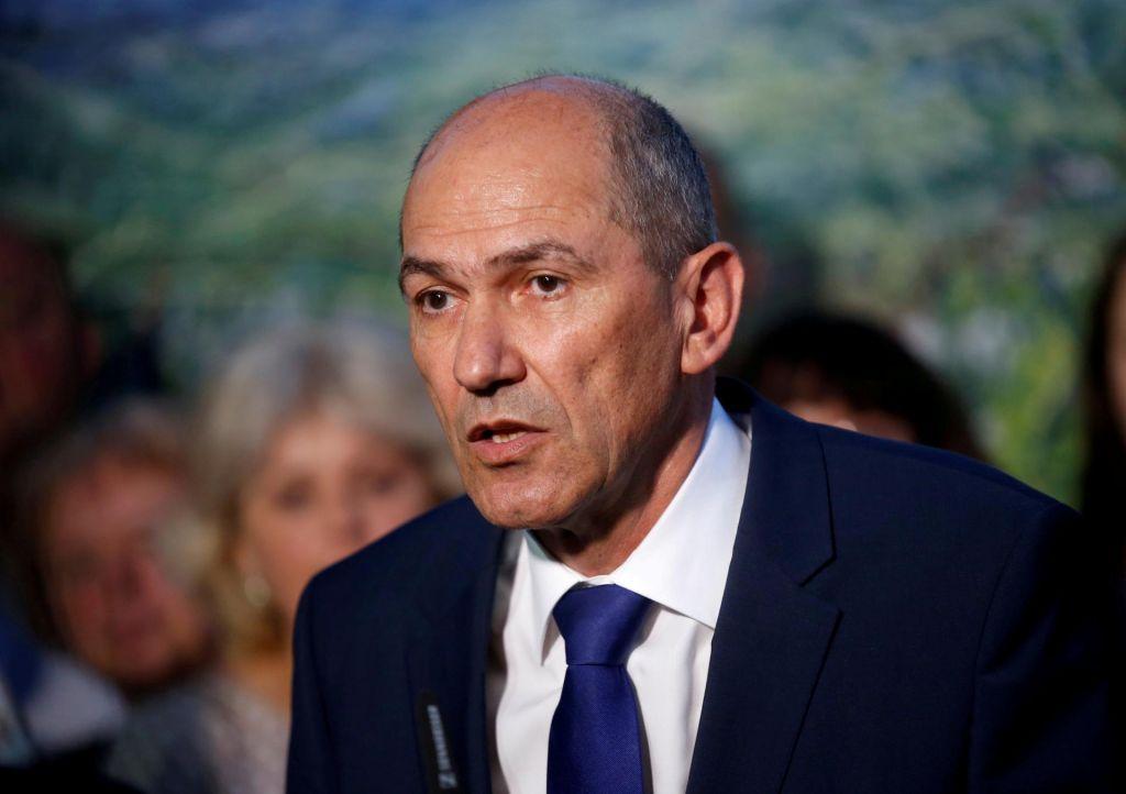 FOTO:Janša poslal vabila za pogovore o novi koaliciji