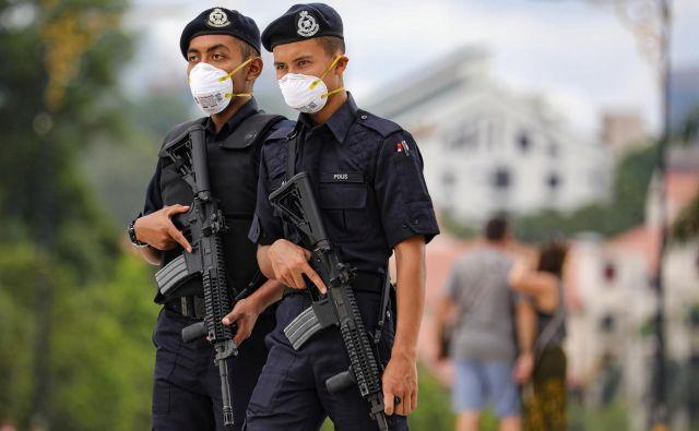 Vojna je grozljiva, vendar obstaja še nekaj hujšega ... FOTO: Reuters