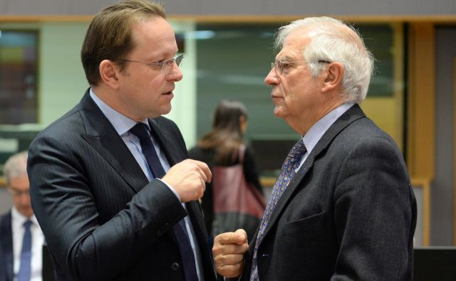 Podrobnosti predlagane metodologije bo predstavil evropski komisar za širitev Olivér Várhelyi (levo).Foto: Reuters