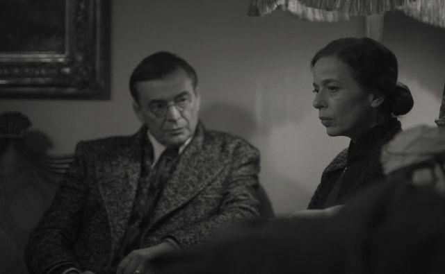 Igor Samobor kot Julije Budisavljević in Alma Prica kot Diana Budisavljević Foto arhiv Kinodvora