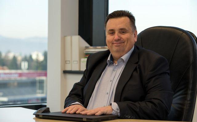 Poleg tehnične rešitve je potrebna tudi sprememba ravnanja in načina dela zaposlenih, pravi Anton Gazvoda.<br /> FOTO: Mikrocop