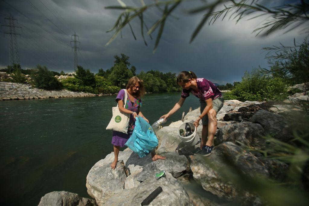 FOTO:Kup strategij, reke pa ostajajo enako obremenjene
