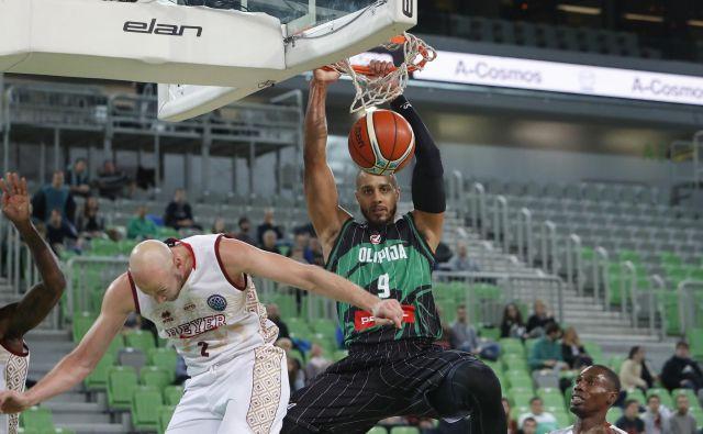 Jordan Morgan naj bi oblekel majico slovenske košarkarske reprezentance. FOTO: Leon Vidic