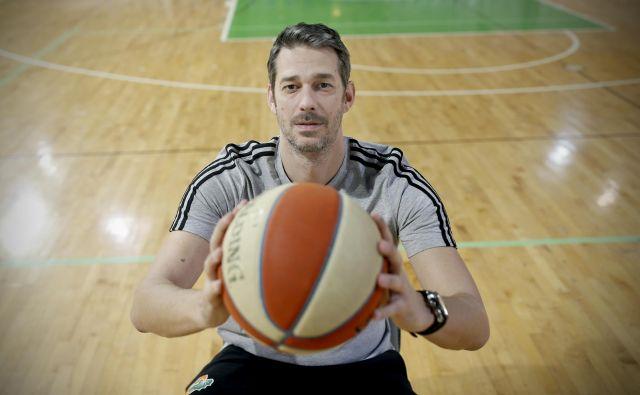 V Zagrebu rojeni Jurica Golemac se je pri 42 letih vrnil v klub, s katerim je v mladih letih okusil zlate čase košarke v Ljubljani. FOTO: Blaž Samec