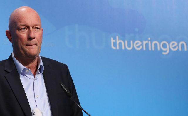 Thomas Kemmerich iz stranke FDP je bil le dan po izvolitvi na čelo Turingije primoran naznaniti svoj odstop. FOTO: Stringer/Reuters