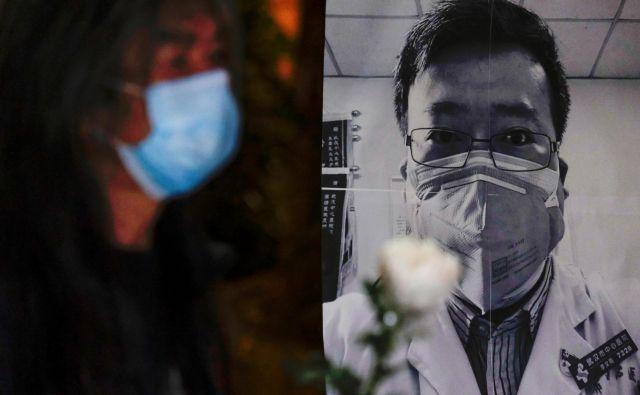 Umrli zdravnik Li Wenliang je opomin, da se je Kitajska napačno lotila epidemije. FOTO: Reuters