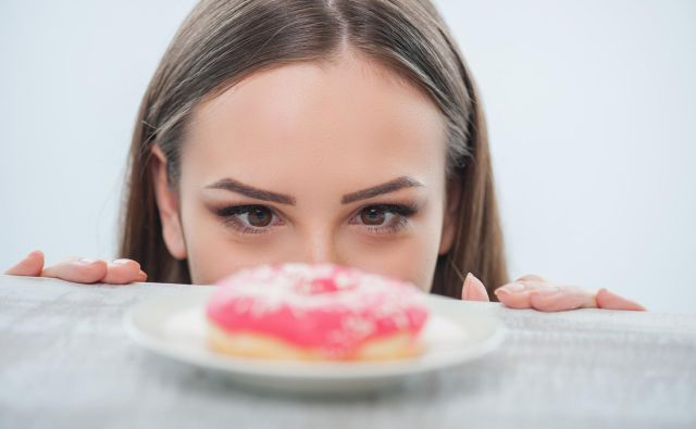Med vadbo se nam torej ni treba izogibati dodanemu sladkorju ali preprostemu sladkorju, vendar to ne pomeni, da lahko med vadbo uživate le dodani sladkor ali preprost sladkor. Foto: Shutterstock