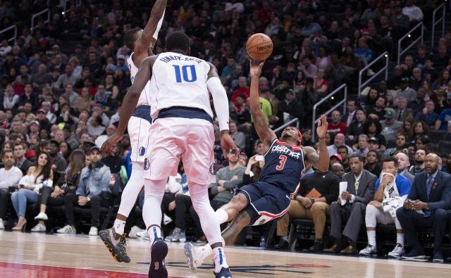 Dobra novica za Dallas je, da je tudi osmi Memphis ponoči izgubil. FOTO: Tommy Gilligan Usa Today Sports