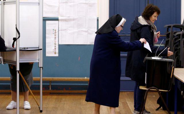 Na Irskem so se volišča zaprla ob 23. uri po srednjeevropskem času. Foto: REUTERS/Henry Nicholls