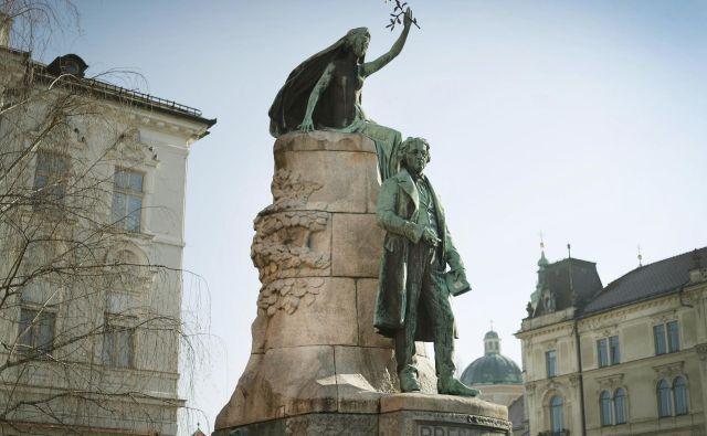 Prešernov spomenik v Ljubljani. FOTO: Leon Vidic/Delo