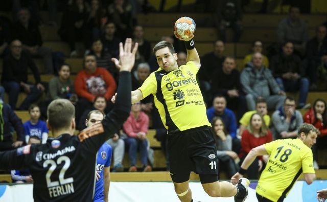 Zasedba iz Šaleške doline je izgubila uvodno tekmo skupinskega dela pokala EHF, a najbolj pomembno je, da je drago prodala svojo kožo v Magdeburgu. FOTO: Jože Suhadolnik