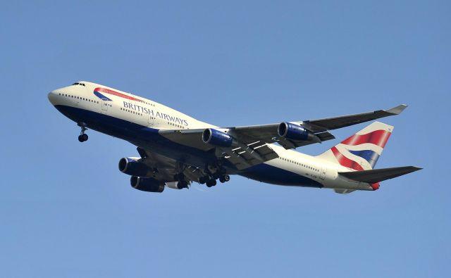 Boeing 747 britanske družbe British Airways je zaradi neurja Ciara dosegel rekord na poletu med New Yorkom in Londonom. Fotografija je simbolična. FOTO: Toby Melville/Reuters