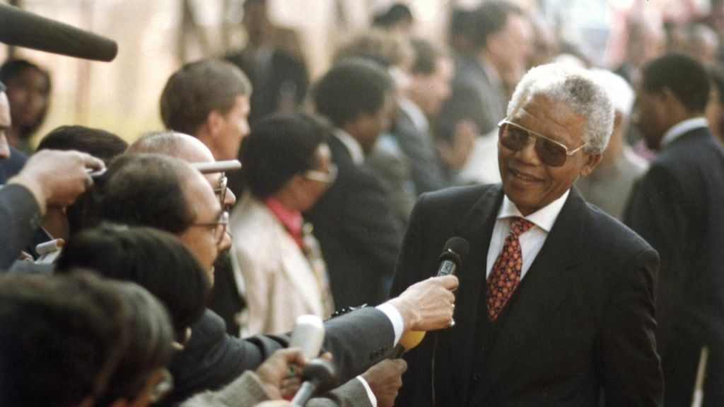 TV namigi: Nelson Mandela, Temna stran zlata in Makondo