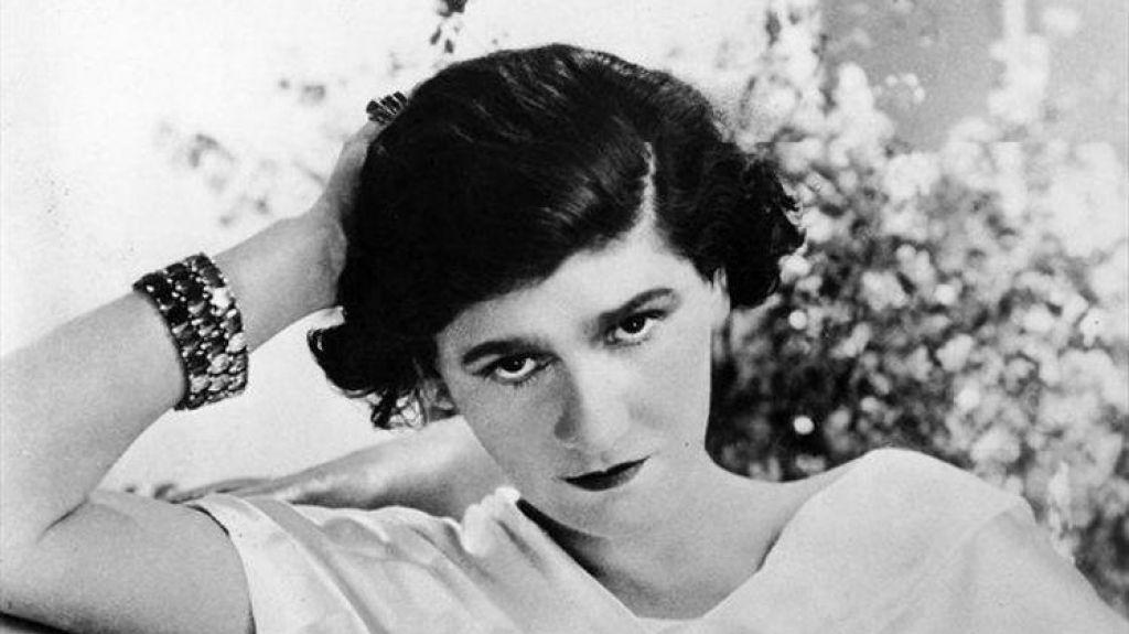 FOTO:Coco Chanel: med malo črno obleko in nacisti