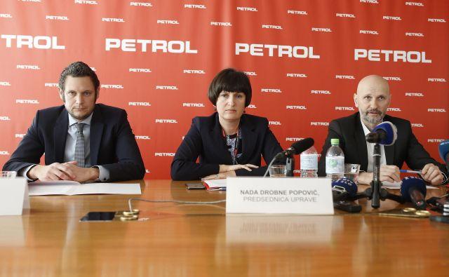 Nova uprava Petrola – Matija Bitenc, Nada Drobne Popović in Jože Bajuk FOTO: Blaž Samec/Delo