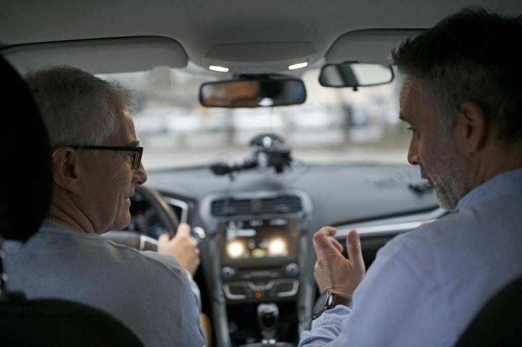FOTO:Prometne nesreče se zgodijo, ker vozimo na pamet