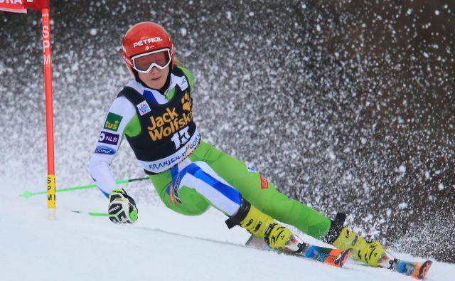 Ane Drev po lanski poškodbi kolena že dolgo ni na belih strminah. Na današnji novinarski konferenci slovenske reprezentance pred Zlato lisico v Kranjski Gori bo spregovorila o svojih načrtih. FOTO: Matej Družnik