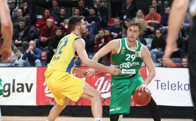 Ivan Marinković je bil prvi Olimpijin strelec proti Šenčurjanom. FOTO: Cedevita Olimpija
