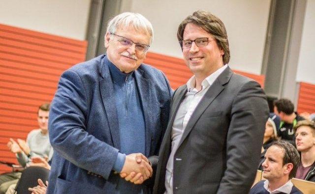 Luka Brezovec (desno) je pred dvema letoma od ustanovitelja NK Bravo Darka Klariča prevzel predsedniški položaj. FOTO: NK Bravo
