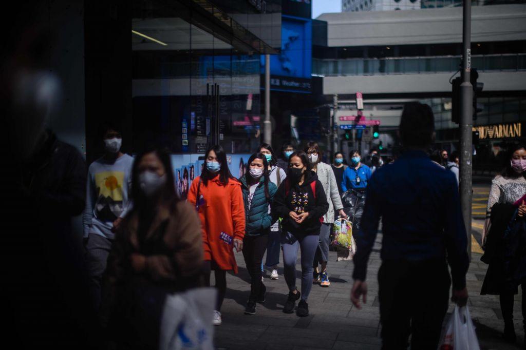 Na Japonskem potrdili prvo smrtno žrtev novega koronavirusa