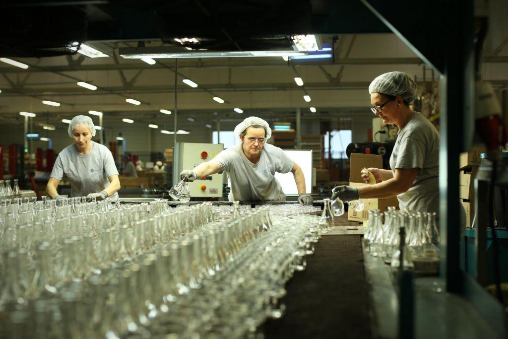 FOTO:Kako gospodarska negotovost vpliva na investicije podjetij