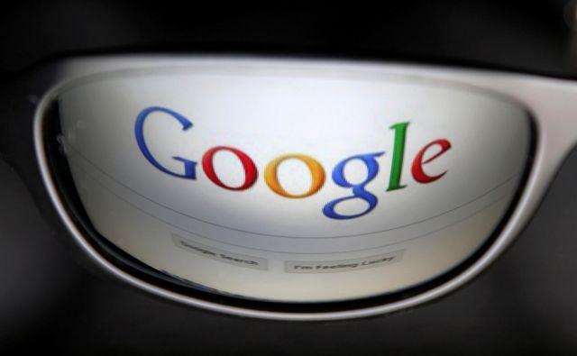 Google bo moral popustiti in razkriti podatke anonimnega kritizerja. FOTO: François Lenoir/Reuters
