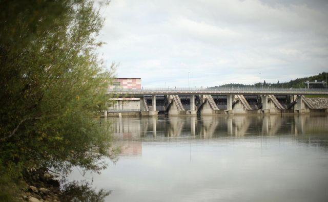 V nacionalni načrt bodo zapisali, da Slovenija računa tudi na hidroelektrarne, vendar brez lokacij. Na fotografiji HE Blanca. FOTO: Jure Eržen/Delo