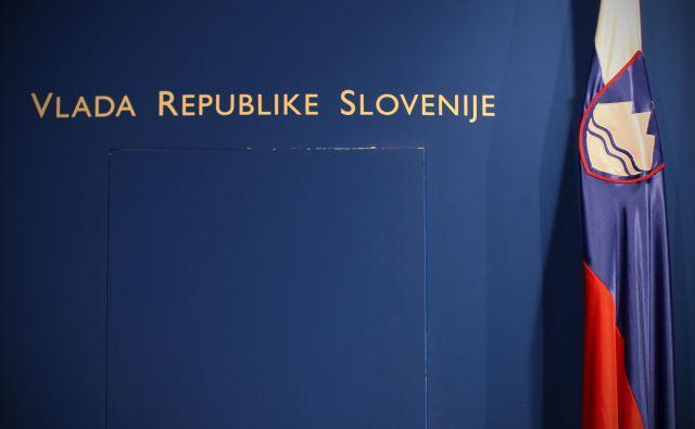 Prvak SDS Janez Janša je v četrtek sporočil, da je, kar zadeva vsebino, možno sestaviti večinsko koalicijo, a pred četverčkom je še več težkih vsebinskih, finančnih in kadrovskih vprašanj. FOTO: Jure Eržen