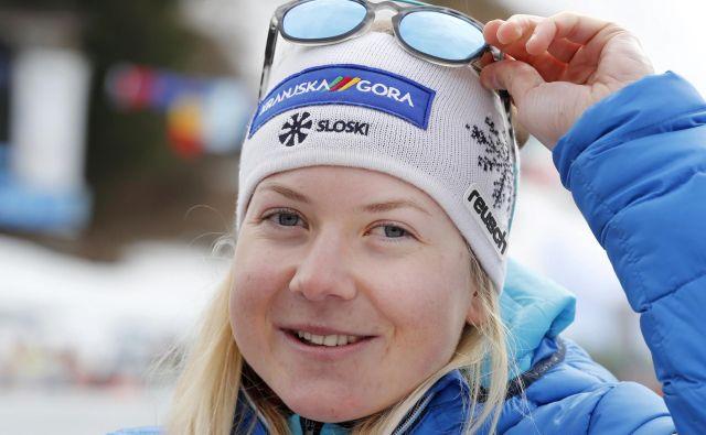 Meta Hrovat lani v cilju slaloma za pokal Vitranc. FOTO: Matej Družnik