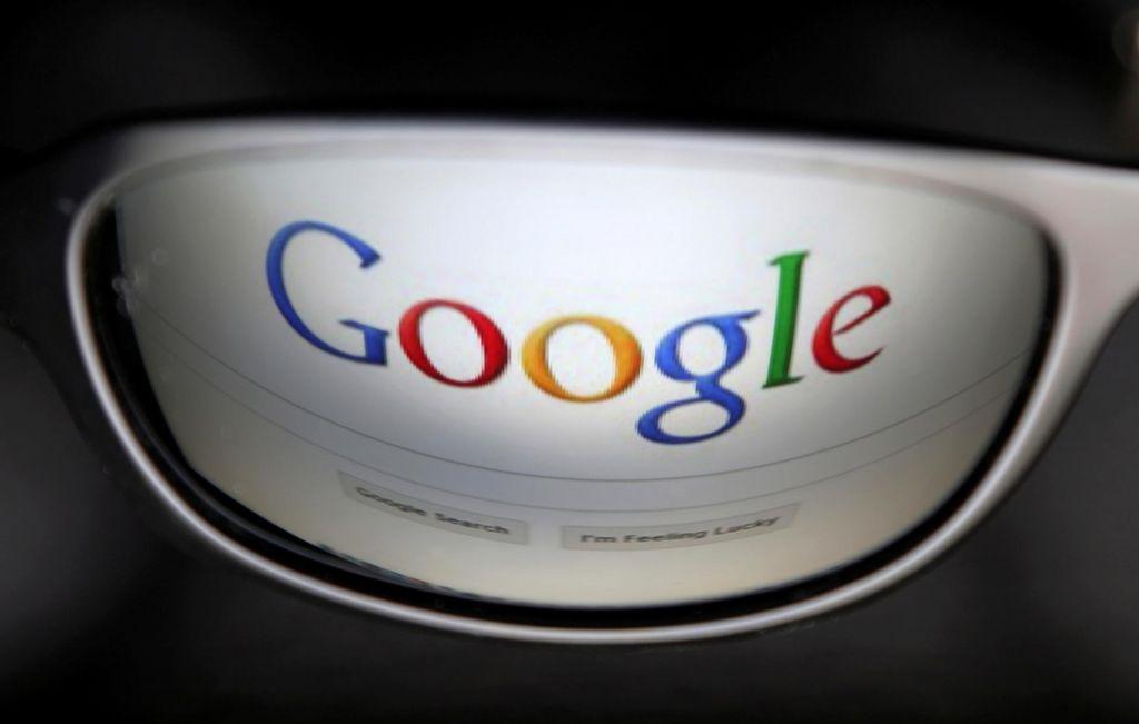 Google bo moral razkriti podatke anonimnega kritika zobozdravnika