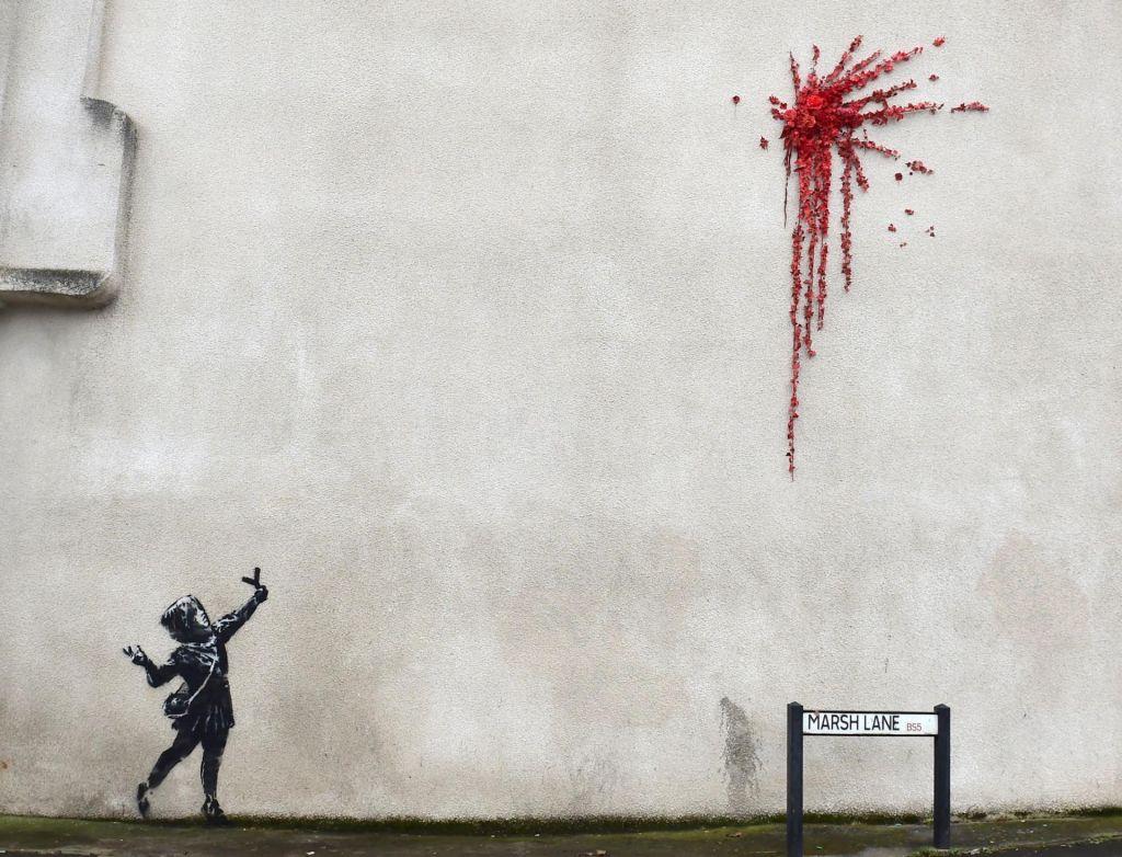 FOTO:Naslavnejši anonimnež Banksy ponovno na delu