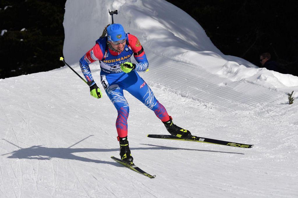 Sprinterski prvak Loginov, Fak v ozadju