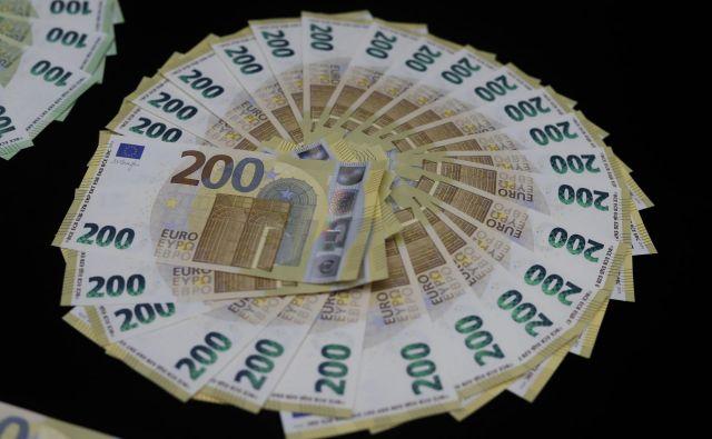 Slovenija je lani dosegla največjo rast plač v obdobju po krizi, a rast ima dva obraza. Foto Leon Vidic/delo