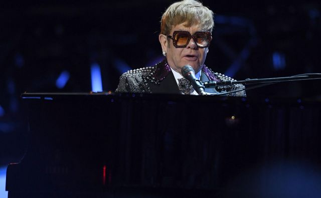 Elton John je v Aucklandu ostal brez glasu. FOTO: Angela Weiss/AFP