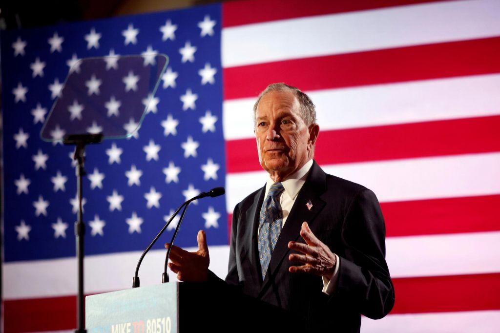 Milijarder Bloomberg z vso silo v boj proti Trumpu