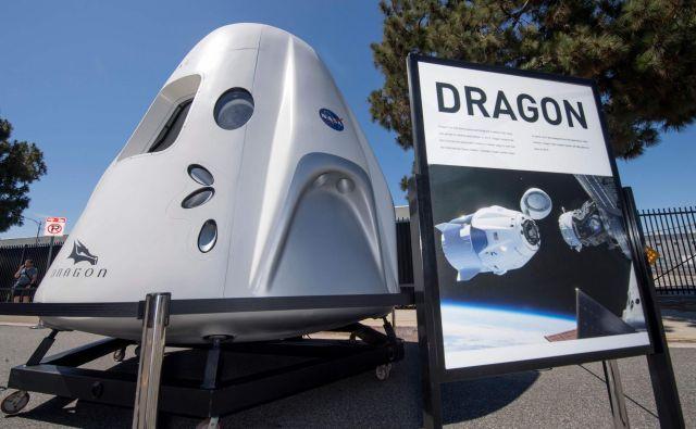 Z dragonom bi turisti predvidoma poleteli višje od orbite Mednarodne vesoljske postaje. FOTO: Mark Ralston/AFP