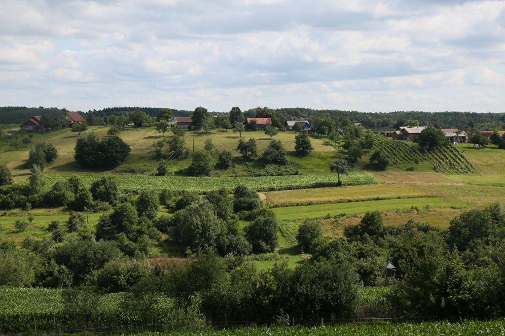 Vsak kmet naj del zemljišč nameni ohranjanju narave