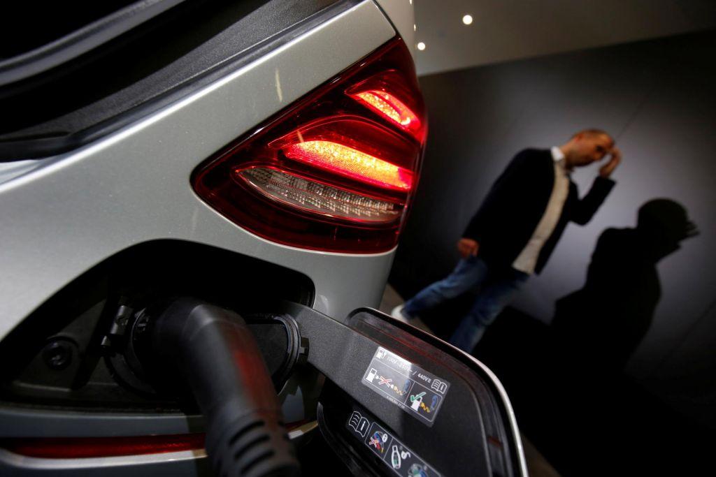 Vse, kar morate vedeti o domači električni polnilnici za avte