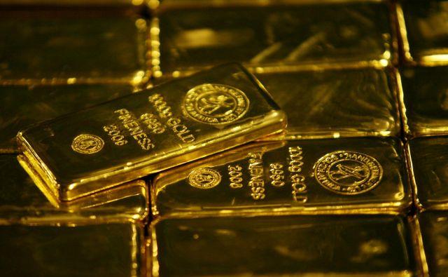 Žlahtna rumena kovina spet postaja varni pristan za naložbe. Foto Siphiwe Sibeko Reuters