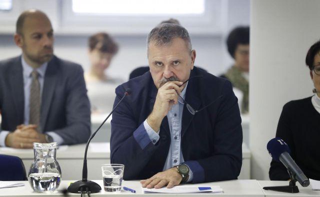 Minister za kulturo <strong>Zoran Poznič</strong> je okrcal svoje kritike, da ne ščitijo samozaposlenih in prekarcev, ampak se postavljajo »na stran kulturne nomenklature, ki že desetletja obvladuje sceno«. Foto Leon Vidic